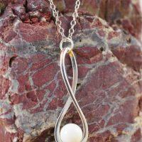 Pendentif Lait Maternel Perle 8mm Symbole Infini, Pendentif Lait Maternel Perle 8mm Symbole Infini, La Joie en Rose
