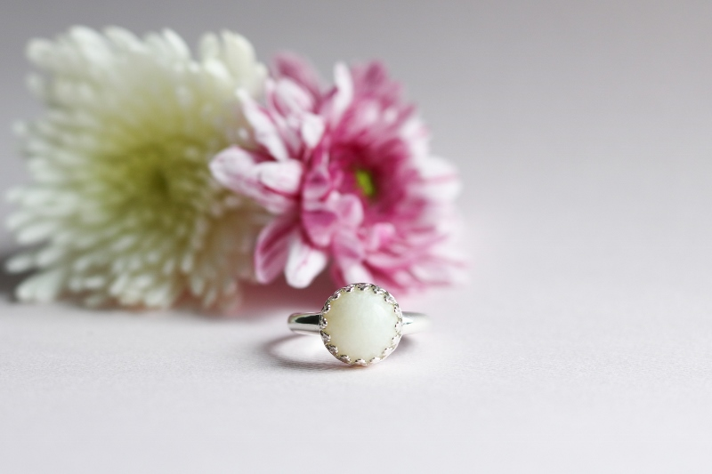 , Jewelry and Keepsakes made from your precious breast milk – http://www.momzelle.com
