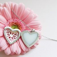 La Joie En Rose Bijou Lait Maternel Coeur Vintage Locket Breast Milk Heart